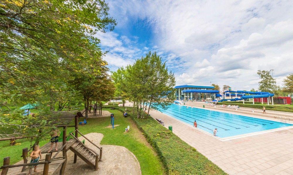 Indoor and outdoor swimming pool Minara